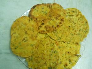 Curry Leaves & Besan Paratha
