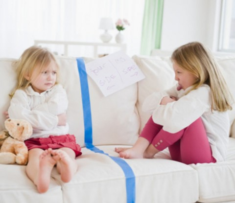 Sibling Rivalry – How To Deal With It?
