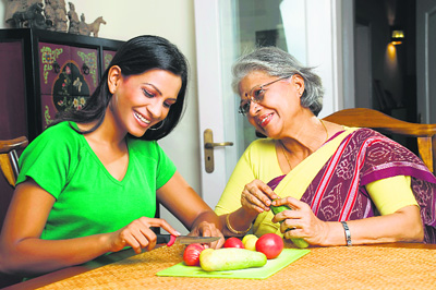 Tips to Enjoy Healthy Relationship with Your Mother-in-Law