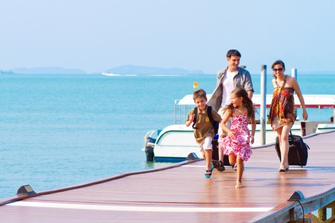 Look Out For Activities to Keep Your Kids Amused While Travelling