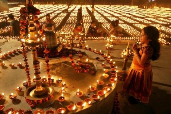 Mahashivaratri_at_the_Ayappa_Dehi_temple_2013_03_10_2-550x367