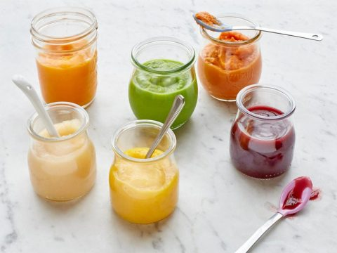 Introducing Top Fruit Purees to Babies